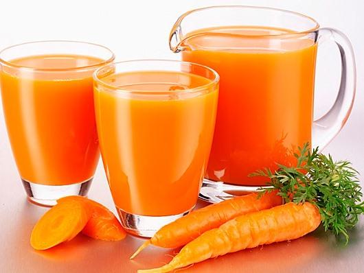 Морковный сок за и против