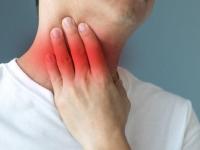 Хронический фарингит: почему постоянно болит горло?