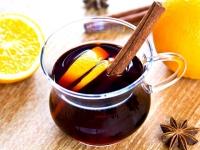 Если болит горло: 5 лучших напитков